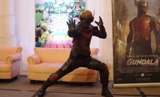 Permalink ke 'Gundala', Dua Jam Saksikan Superhero Indonesia Tanpa Greget! 'Joko Anwar Terlalu Sibuk Memoles Adegan' (3)