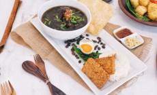 Permalink ke Harumnya Kopi Dipadu Kelezatan Rawon Jadi Alternatif Makanan Sehat di Kemiri Restaurant