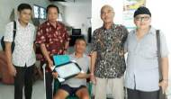 Permalink ke PWI Jatim Lanjutkan Silaturahmi dengan Wartawan Senior, Tak Menyangka Dapat Ucapan Seperti Ini