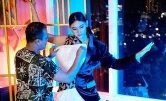 Permalink ke Embran Usung 'Sang Penjaga Bumi' ke Panggung Lao Fashion Week 2022, Seperti Ini Detilnya