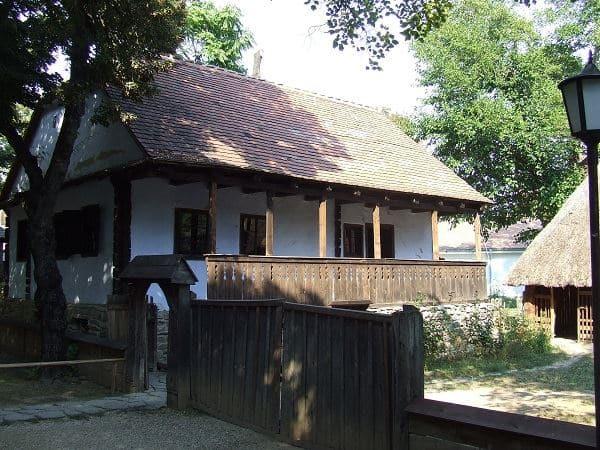 bucarest-musee-national-du-village-roumain