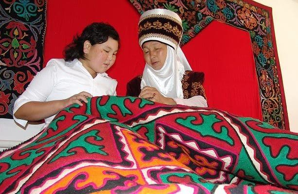 Jour-9-scenes-de-vie-quotidienne-kirghizistan