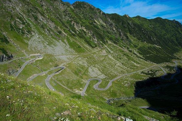 roumanie-route-transfagarasan-plus-belle-route-au-monde