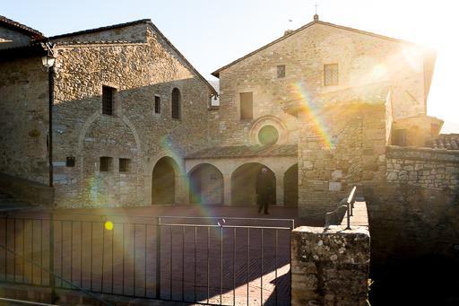LRPdJ - Retouche d'un monastère en contre-jour sur Lightroom Classic CC