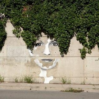 nature-street-art-35-58eddf7facd0e__700