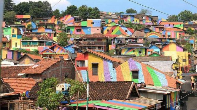 rainbow-village-kampung-pelangi-indonesia-14