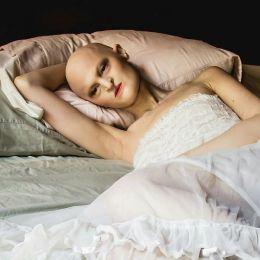 Meet-Melanie-Gaydos-the-model-who-broke-all-fashion-stereotypes-59350b7b9d92a__700