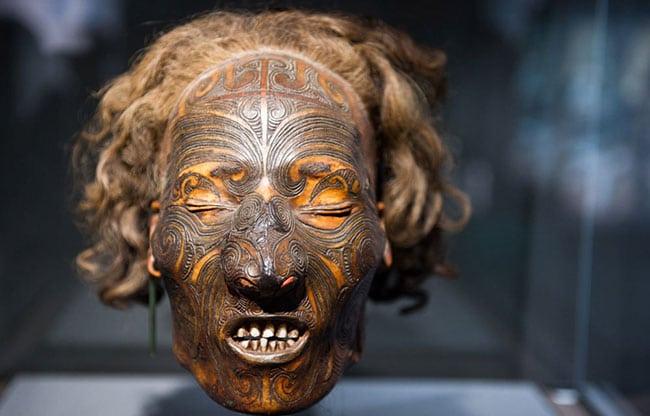 Les Têtes Tatouées Maori Inkage