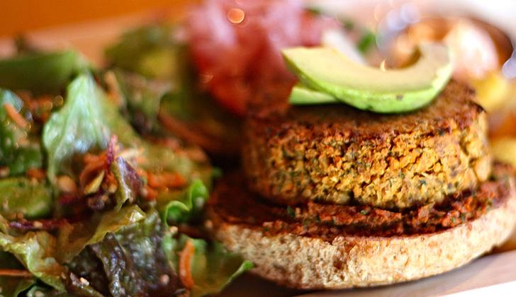 hamburguesas-quinoa tofu brocoli