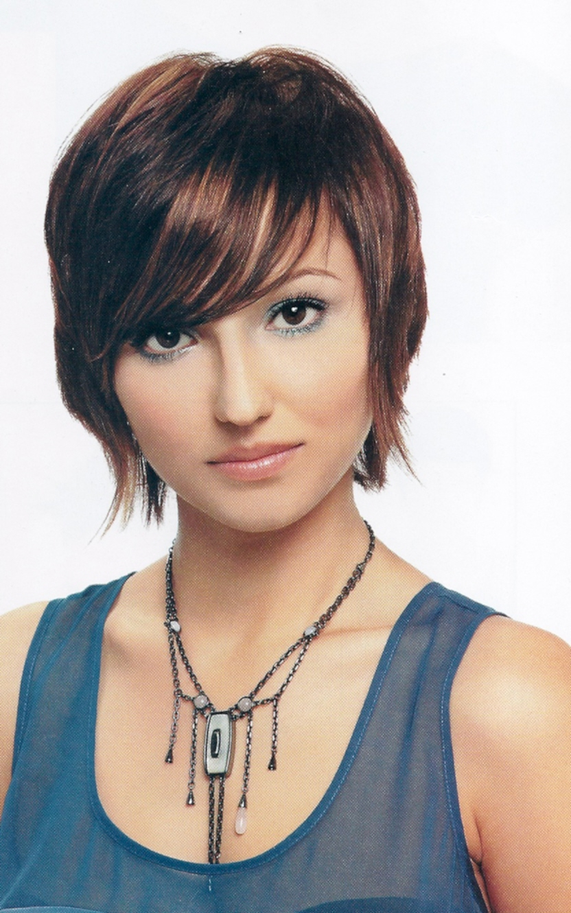 trendy short hairstyles women