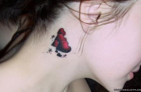 heart sahe tatto on neck