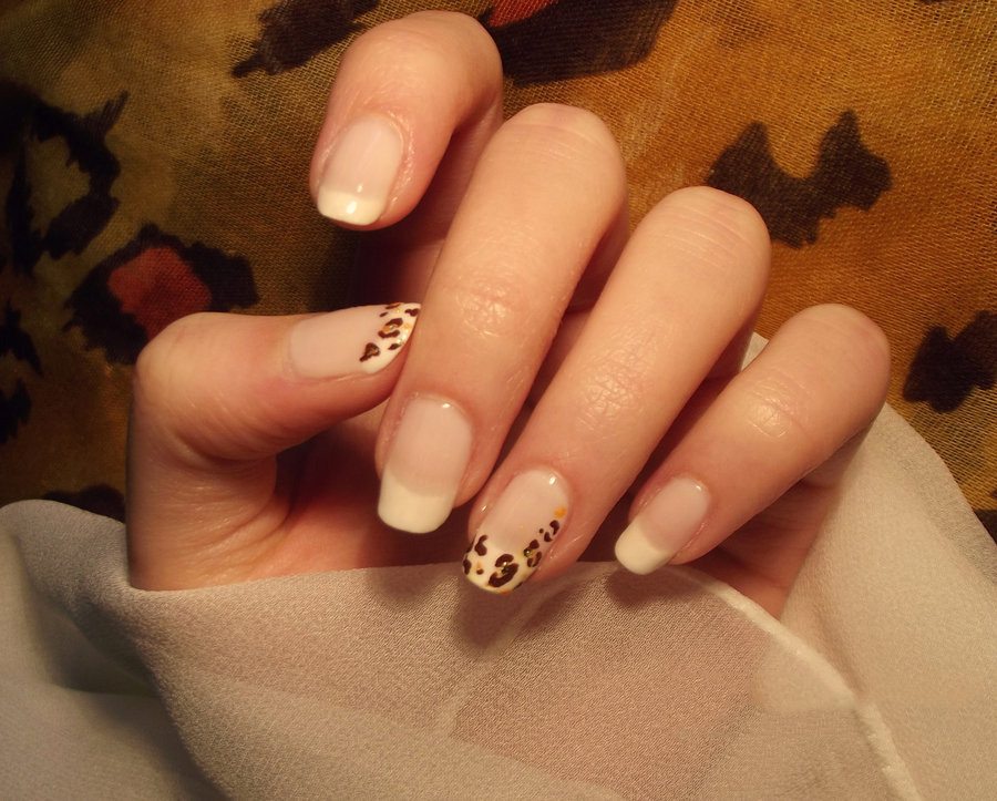 French Tip Nail Art Ideas 19 - Inkcloth