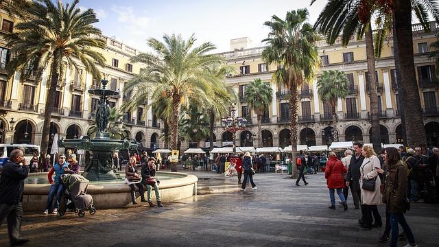 barcelona solo female travelers