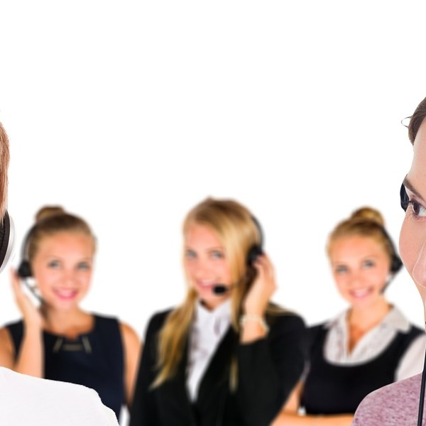 inhouse call centre vs outsourced