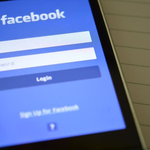 How to schedule Facebook post