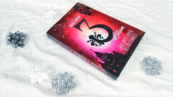Snow_3 Lilien_Das erste Buch des Blutadels_1.jpeg