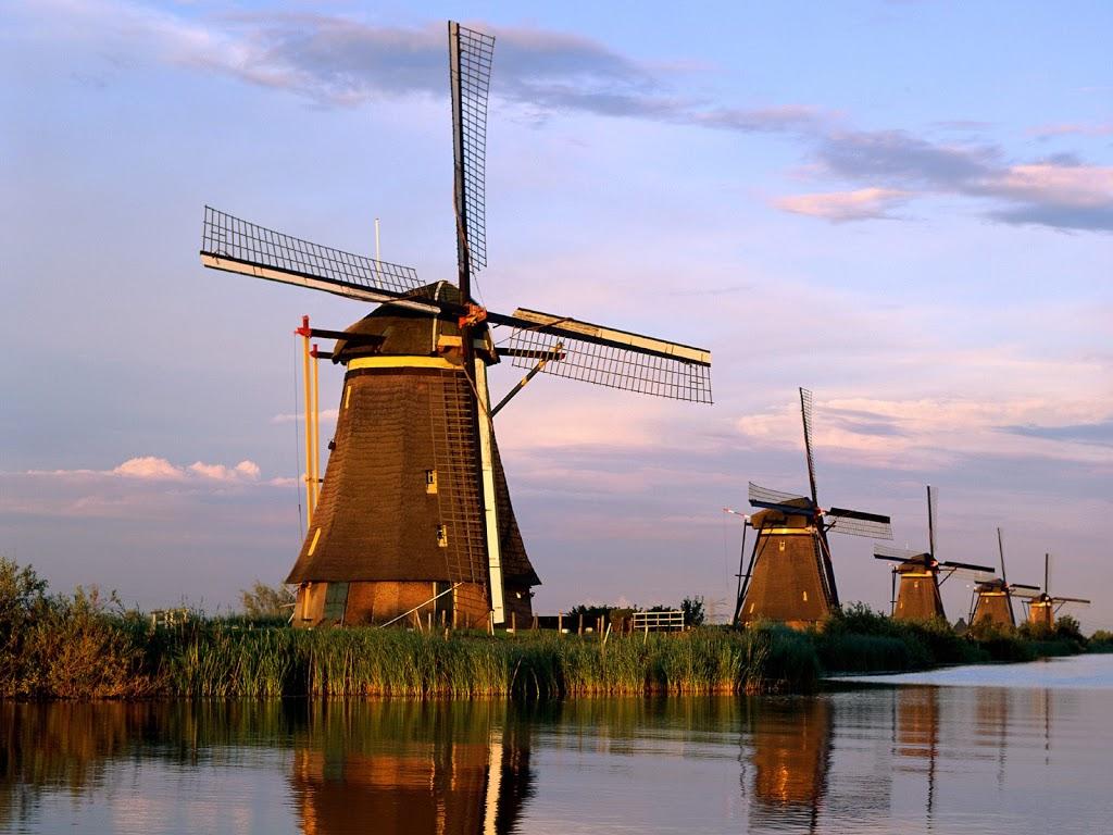 Kraljic en the Dutch windmill