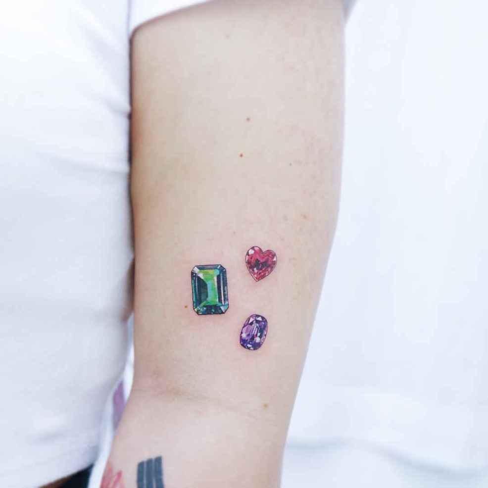 легкие минималистичные татуировки Heemee