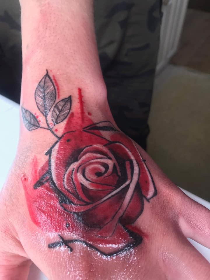 rose tattoo colour