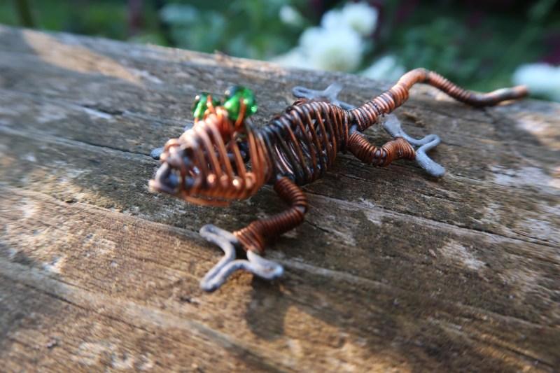 wire gecko