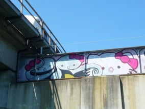 hello-kitty-graffiti