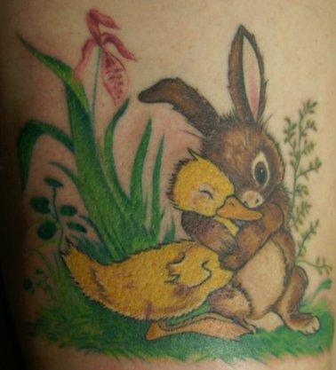 Tetovaža-patka-i-zeko