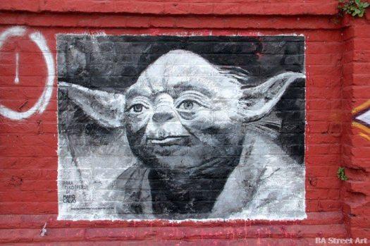 yoda-graffiti-star-wars-buenos-aires-street-art