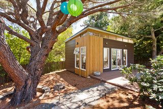 We Can Dream: Look at All You Can Do With an Outbuilding (11 photos)