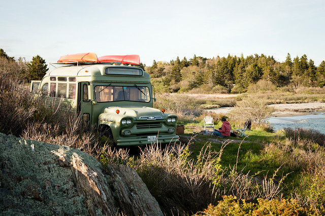 1959 Chevy Viking Bus Gets a Hippie-Chic Makeover (11 photos)