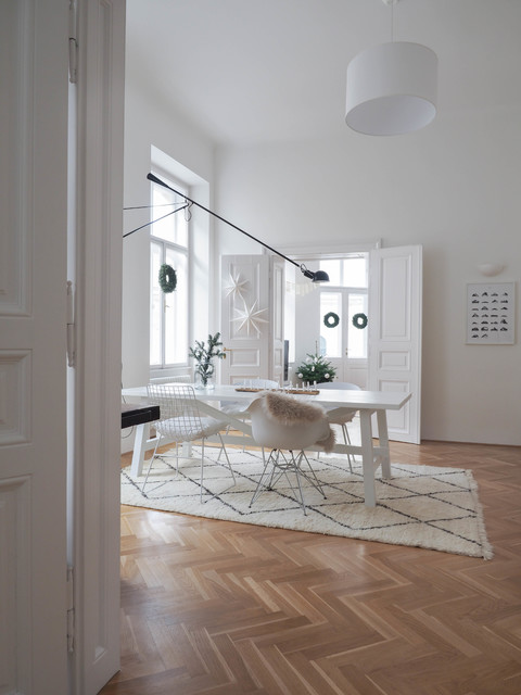 Houzz Tour: A White, Christmassy Home in Vienna (17 photos)