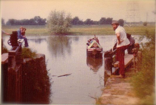 Eileen Chester river lock 80s 0024