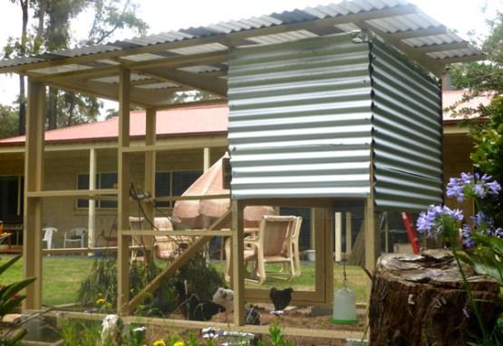 chicken-coop-corrugated