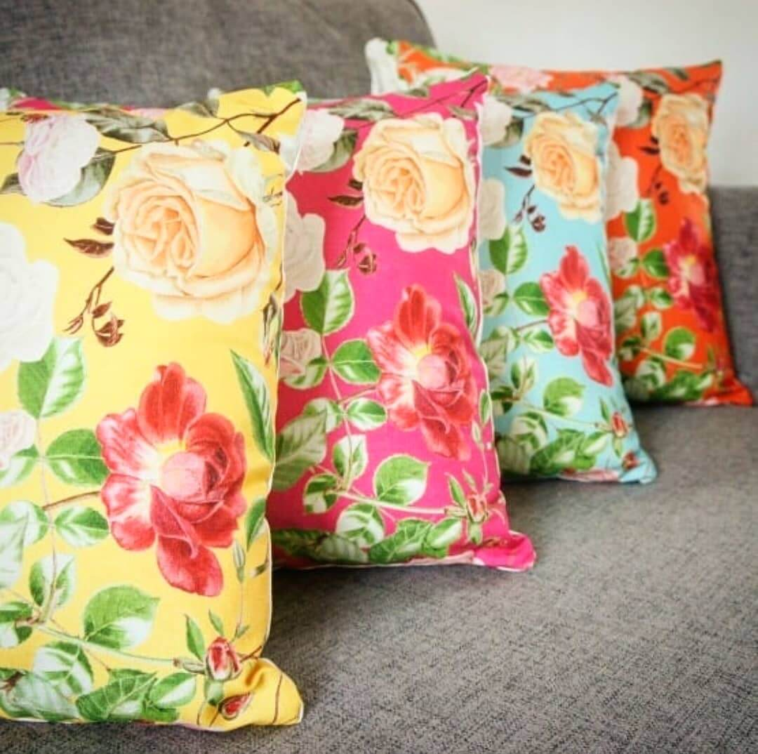 💚 Love these Royal Horticultural Society cushions 💜 www.inlehome.co.uk