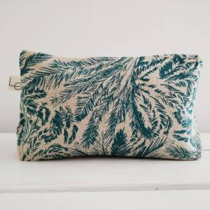 teal tropic wash bag