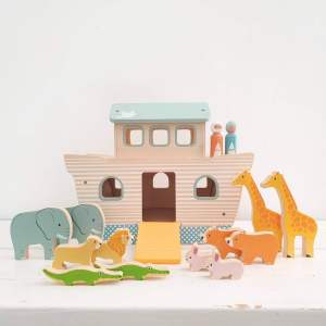 Wooden Noah's Ark by BigJigs