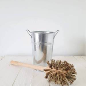 Plastic Free Toilet Brush and Holder by ecoLiving