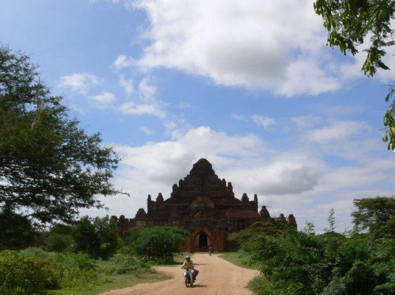 Dhammayangyi-Pagoda-Bagan
