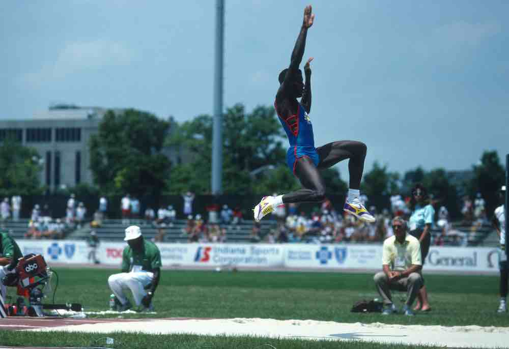 Mike Bundrant Interviews Olympian Carl Lewis