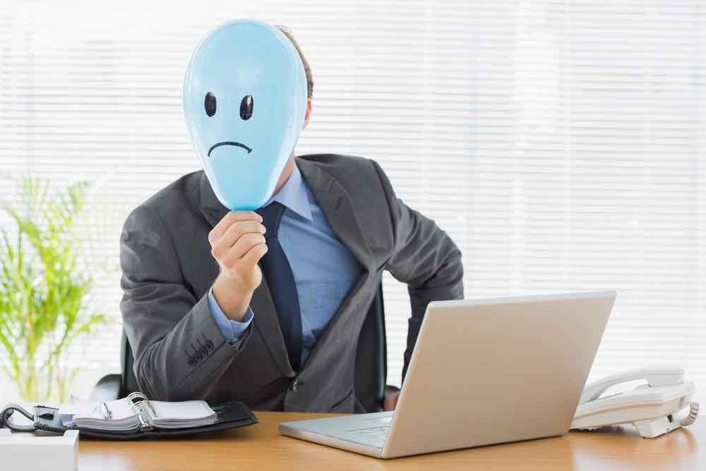 negativity bias in managing uncertainty