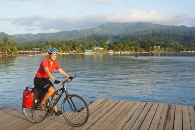 Omoa, back on our bikes