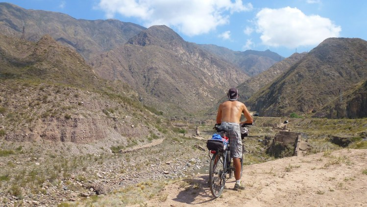 Por Cacheuta en bici