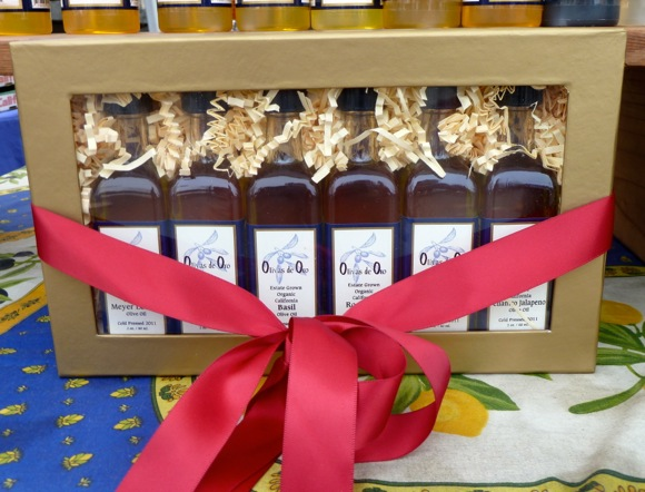 Olivas de Oro olive oil at Menlo Park Farmers Market