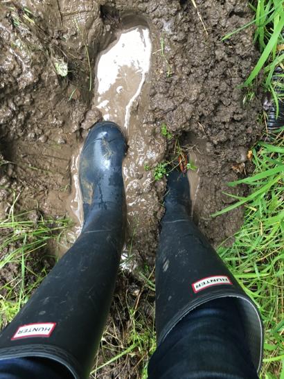 sump-pump-rain-boots-1