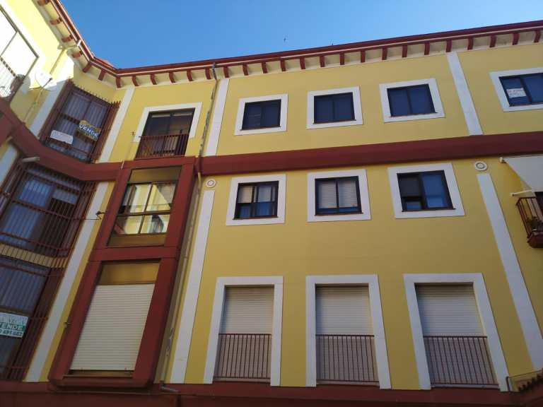 Piso en plaza Porticada