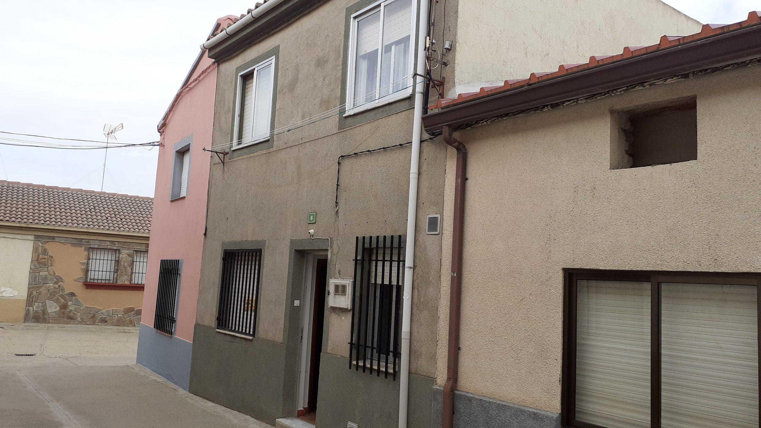 Casa calle la Poza (Fuentelapeña)