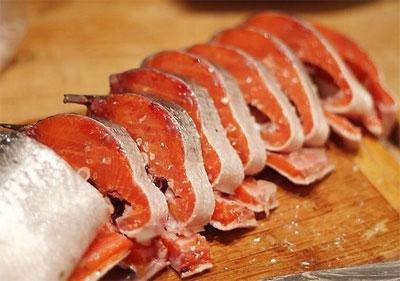 Нерка: калорийность на 100 грамм, польза и вред продукта, что это за рыба и где она обитает?