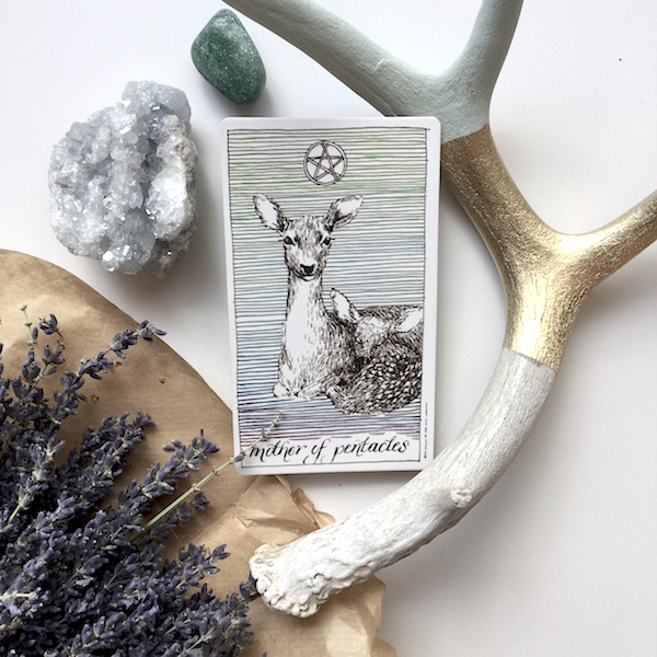 mother-of-pentacles-tarot-card-meaning
