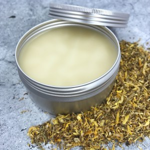 Soothing aftershave balm