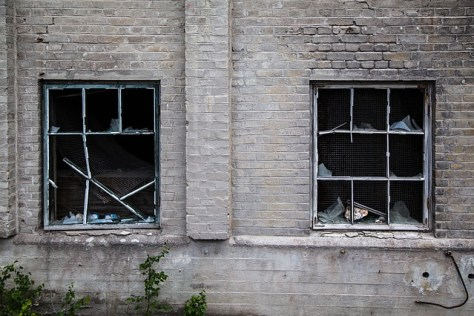 broken windows, a metaphor for a traumatized psyche