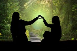 2 people forming heart-hands, representing our January 2022 in-person gathering for family constellations and systemic constellation work, Amherst, Mass